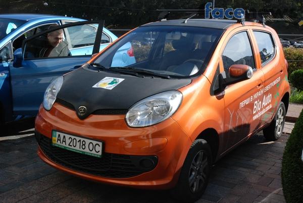 Пример бюджетного электромобиля, который, по словам Абдураимова, стоит около 12 тысяч долларов