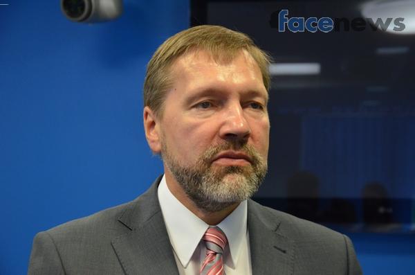 Александр Стеценко