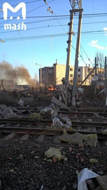 Взрыв на заводе в России