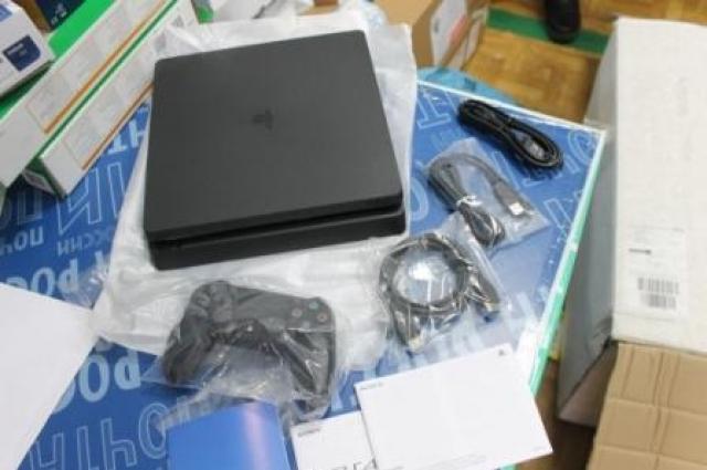 Таможня оштрафует сургутянина за приобретенную вГермании игровую приставку «Sony Playstation-4»