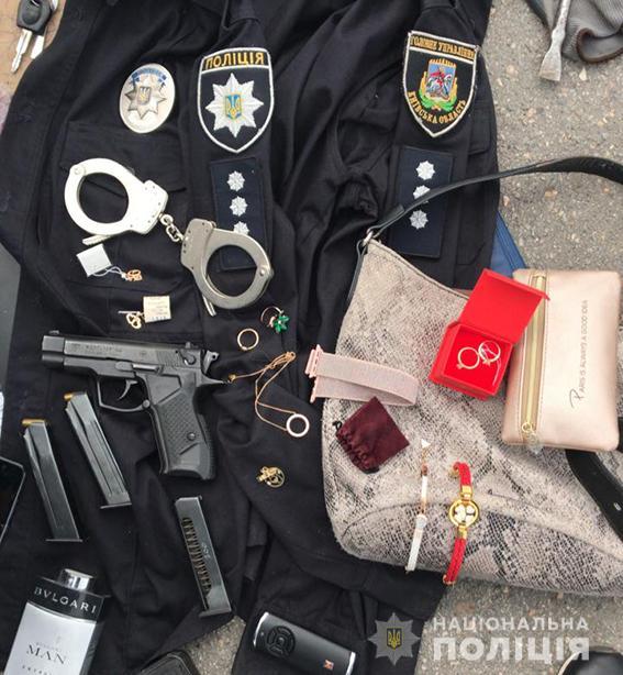 Полицейский организовал банду квартирных воров