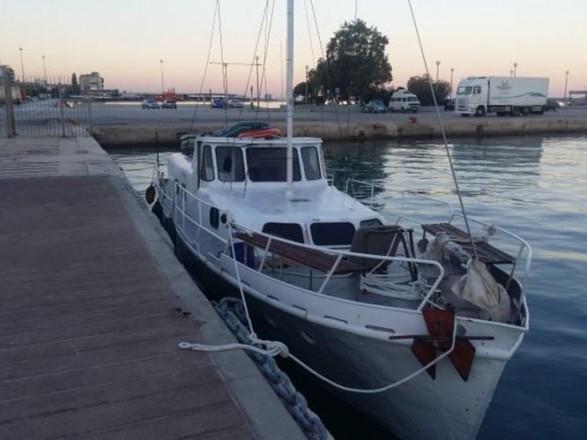 Украинцы перевозили на яхте 60 нелегалов