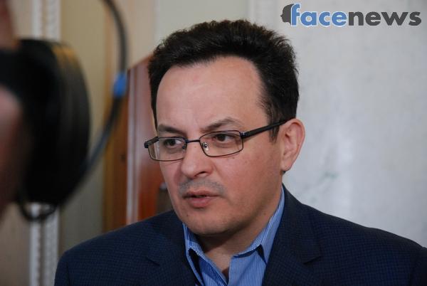 Гройсман поведал опотерях Украинского государства после «бандитских действий» Тимошенко