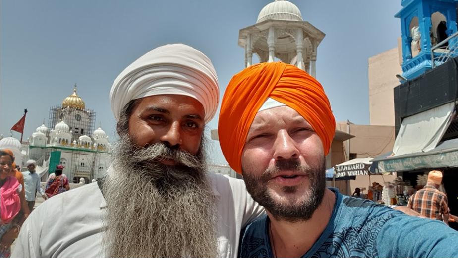 В конце июня блогер был в Индии
