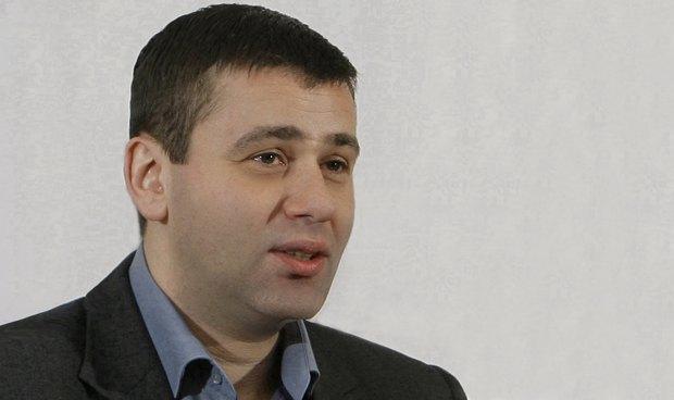 Олег Великин