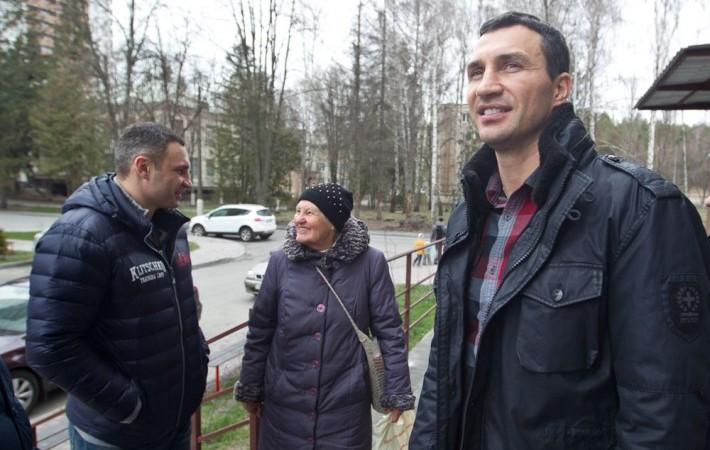 Кличко подарил квартиру Марии Стус