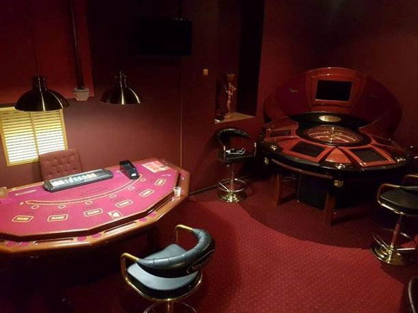 Вход в казино с детьми игра игровые автоматы бесплатно и без регистрации
