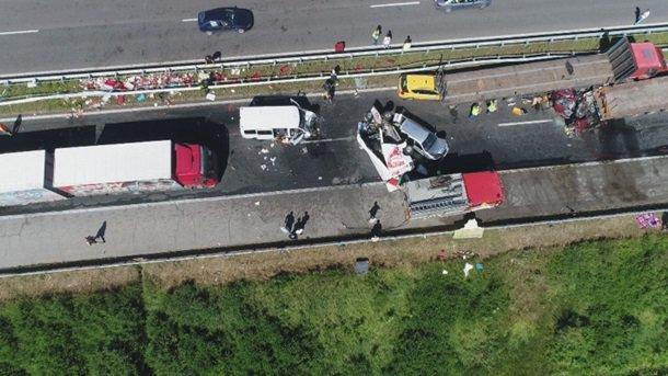 Масштабное ДТП вБолгарии: неменее 40 авто идесятки пострадавших