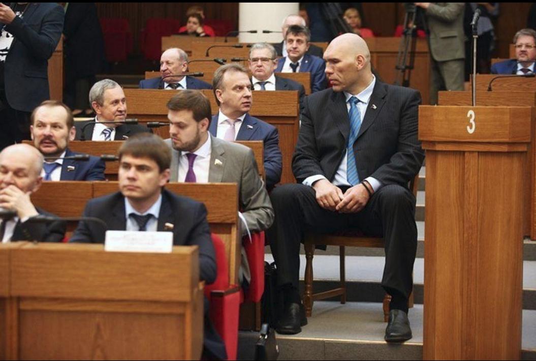 Николай Валуев непоместился вбелорусском парламенте