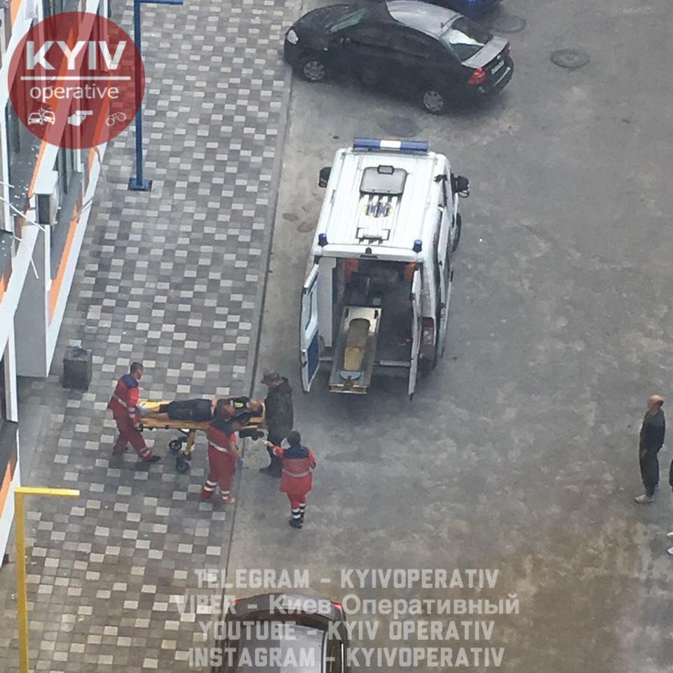 Под Киевом разбился молодой мужчина
