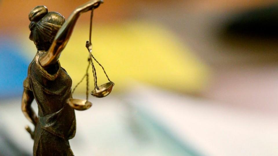 Создание Антикоррупционного суда: Меркель приветствует действия Порошенко