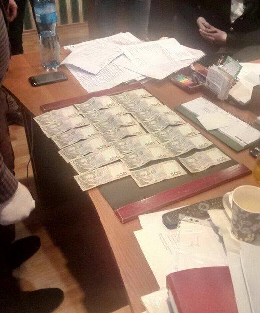 Милиция Николаевской области задержала завзятку депутата