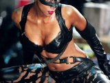 Актриса Холли Берри стала самой сексуальной женщиной по версии журнала Esquire в 2008 году.