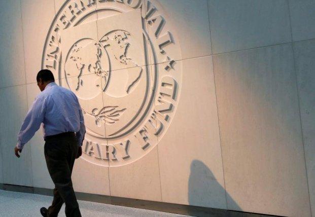 Как проходит миссия МВФ и чего ждать украинцам?