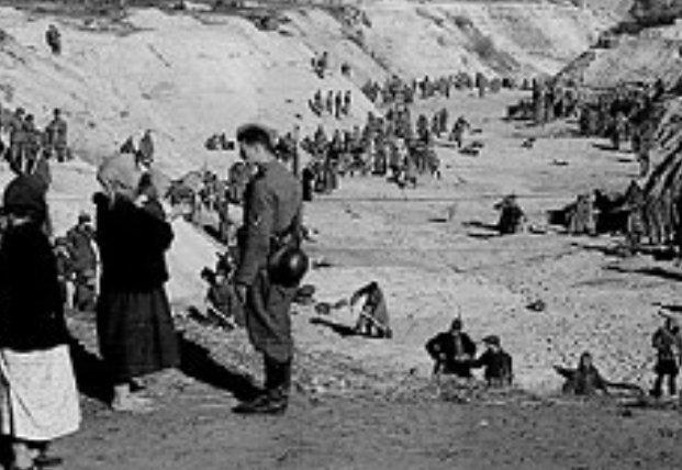 Годовщина начала расстрелов в Бабьем Яру