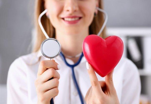 Медики назвали привычки, которые сильно изнашивают сердце