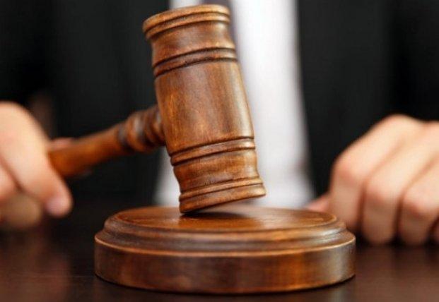 Споил и совершал сексуальное насилие над подростком: на Волыни будут судить мужчину