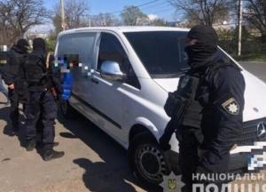 В Одессе задержали участников ОПГ, похитивших миллион долларов (фото)