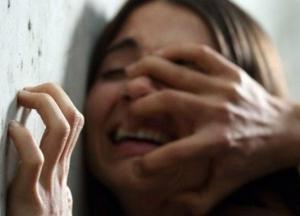 На Черниговщине мужчина изнасиловал девочку-подростка