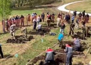 В России прошел конкурс по «скоростному копанию могил» (видео)