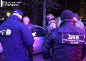 В Одесской области полицейские устроили разбойное нападение на дом пенсионера (фото)