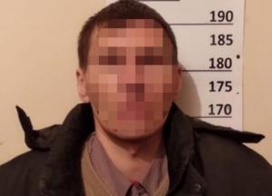 В Киеве мужчина изнасиловал девочку в заброшенном здании
