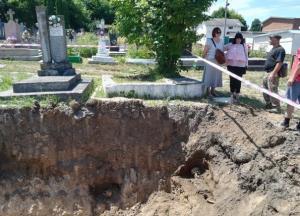 В Тернопольской области вывезли на свалку останки десятков людей: детали скандальной истории