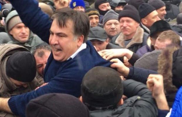 Саакашвили объявил палаточный городок уРады «новой Сечью»