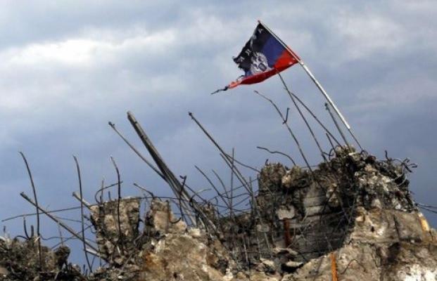 Порошенко: ВДонбассе идет «настоящая горячая война»