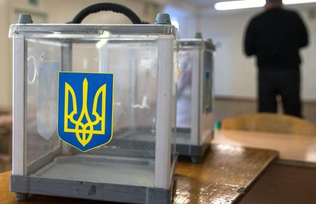 Почему народ поддерживает «агентов Путина», а не Порошенко (видео)