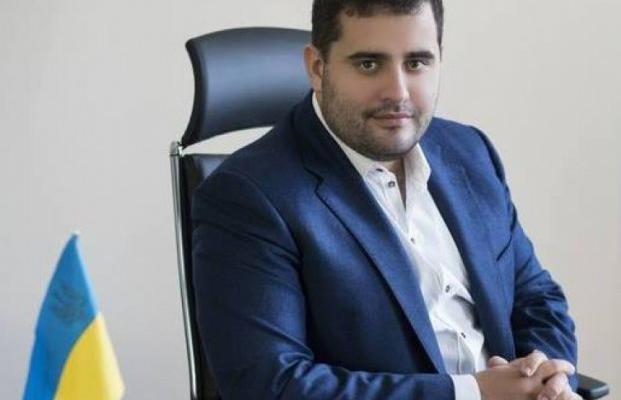 Коррупция в Минюсте: Частные исполнители – против министра Петренко и смотрящего Довбенко