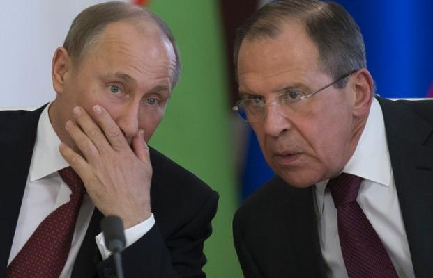 Меркель одобрила предложение Владимира Путина оразмещении миротворцев вДонбассе