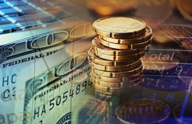 Вместо реформ избран путь манипулирования валютным курсом и процентными ставками