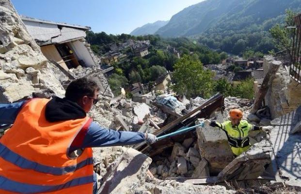 Сейсмологи предупреждают оугрозе землетрясения в столице после Италии