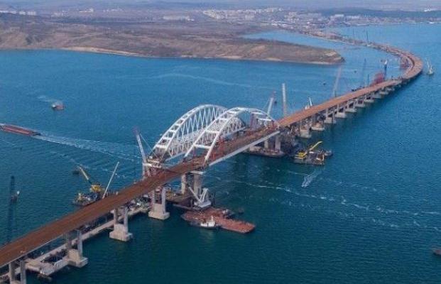 Специалист: Керченский мост наврядли простоит больше одного лета
