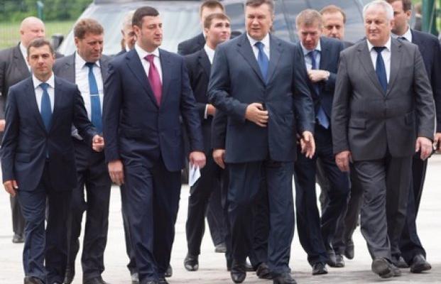 Олег Бахматюк против НБУ: во что играет олигарх?