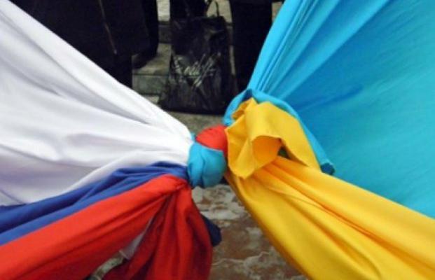 Чому більше половини українців позитивно ставляться до країни-агресора