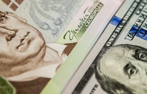 Отказ от доллара США не спасет от девальвации национальные валюты
