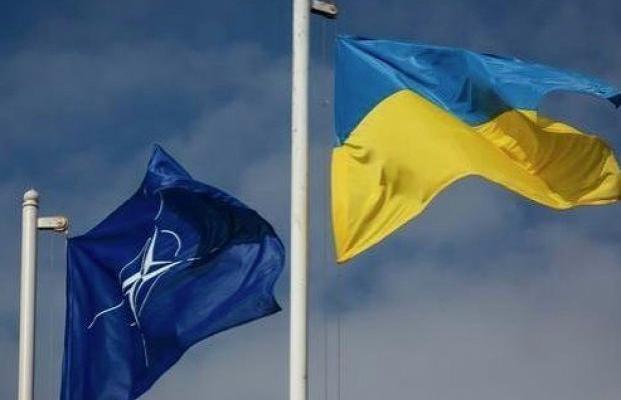 Турчинов назвал приоритетной целью государства Украины максимально «прогнуться» под НАТО— Все ради вас